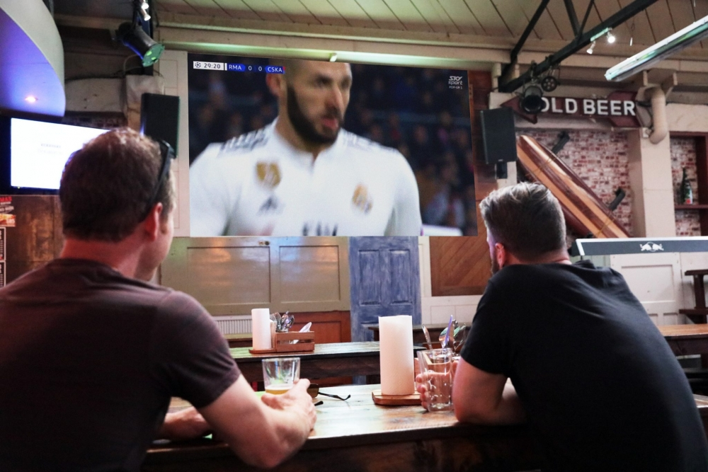 Big Screen Sports Bar